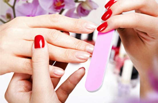 21€ για τρία (3) manicure με ημιμόνιμη βαφή και επιλογή μέσα από πολλά σχέδια και χρώματα στα Σεπόλια, μόλις λίγα λεπτά μακριά από το μετρό. Αρχική αξία 45€.